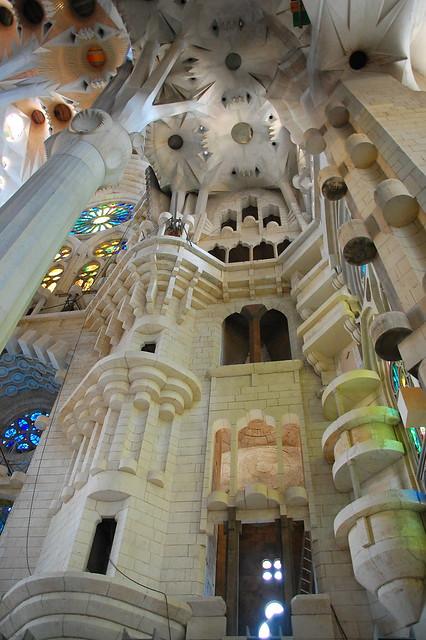 Int rieur de la sagrada familia flickr photo sharing - Sagrada familia interieur ...