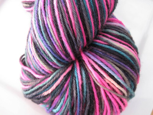 Knitting Club Of The Month : Knitting like crazy stash sock of the month club