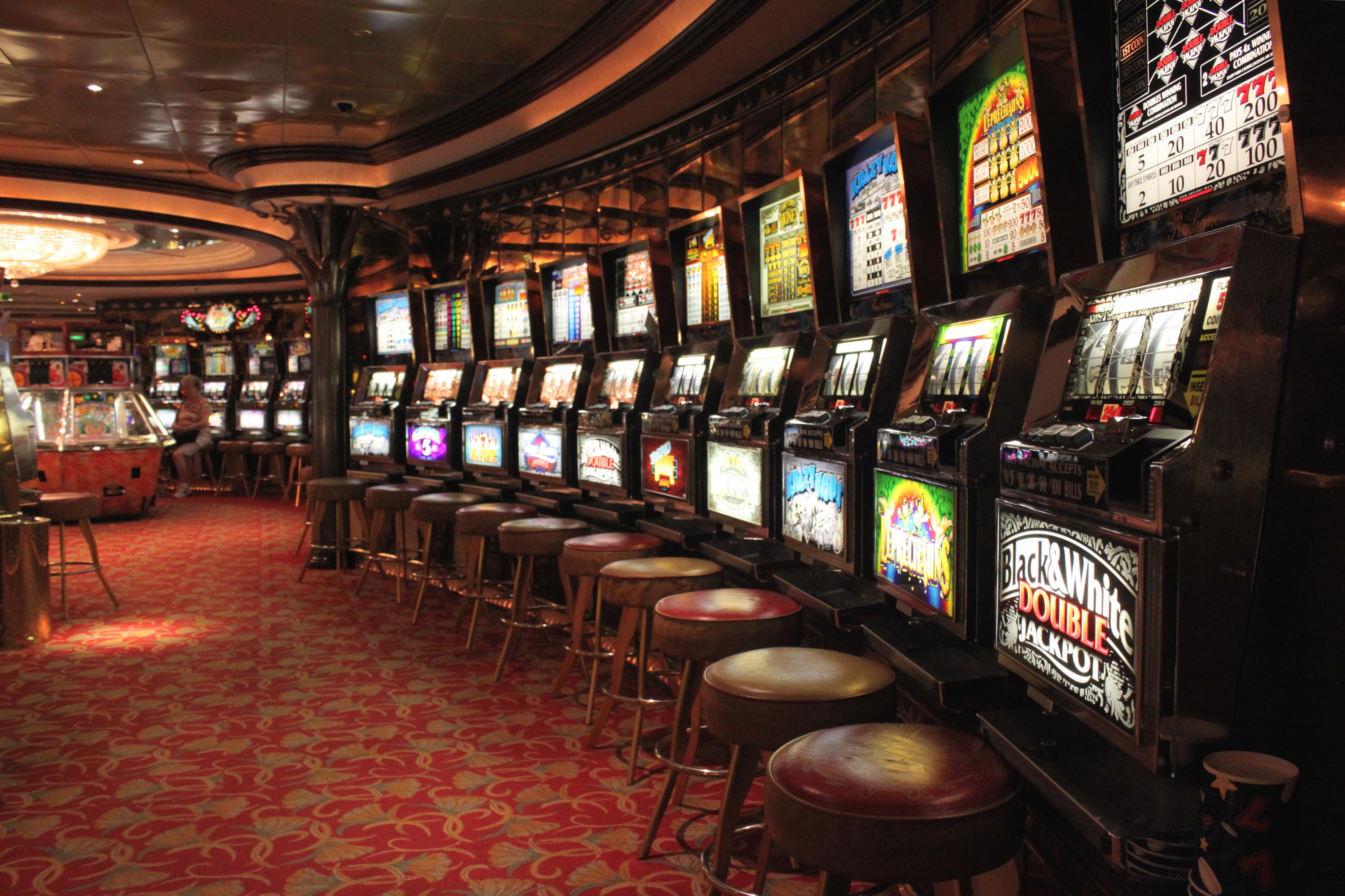 does winstar casino have video poker