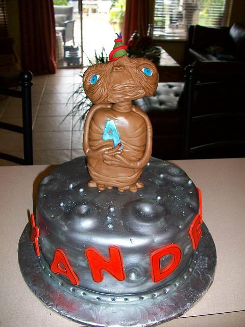 Et Birthday Cake Flickr Photo Sharing