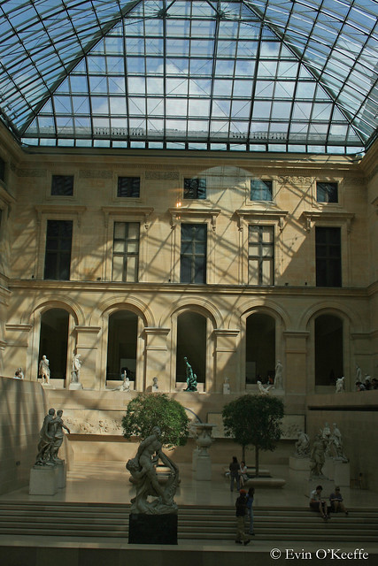 Glimpse Into Louvre
