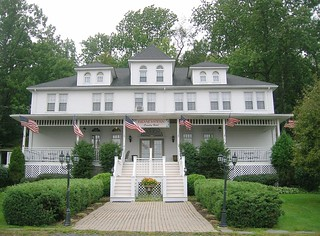 Bradston Country Hotel, White Lake, NY