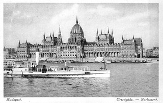 Old postcards of Budapest – Parliament