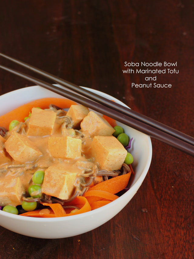 Soba Noodle Bowl with Marinated Tofu and Peanut Sauce | Je suis alimentageuse | #vegan #glutenfree #lunch