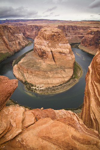 earth world northamerica america unitedstates arizona state river bend rock geology deep high erosion scenic picture photo flickr orange red yellow weather nature natural view famous wonder page glencanyon lakepowell route89 hematite platinum garnet coloradoriver cliff u horseshoe clouds travel drive light color colour