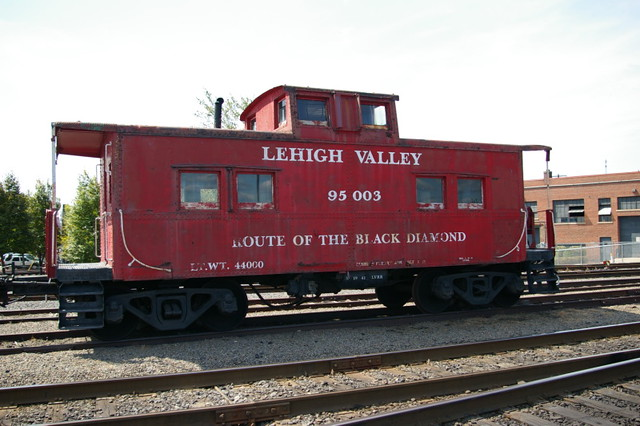 Lehigh Valley Railroad http://www.flickriver.com/photos/geepstir/4014998167/