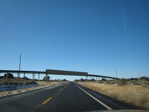 REZ, vanishing point, highway, yellow line,… IMG_1364