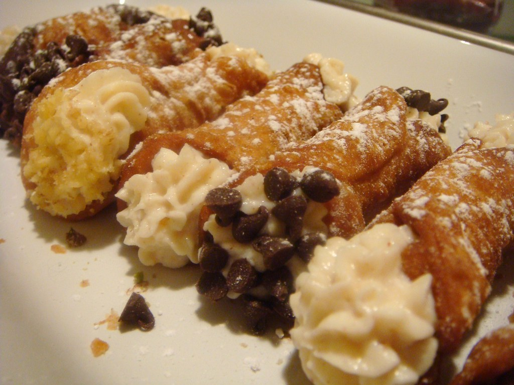 Mini cannoli