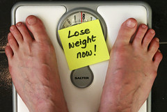 Healthy weight loss, Lose weight now note on scale