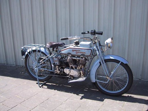 Harley-davidson 1000 kop zijklepper 1917