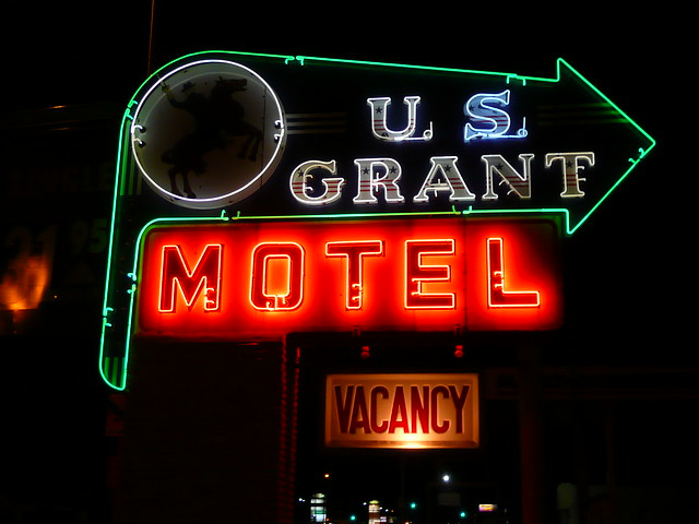 Mattoon (IL) United States  City pictures : Mattoon, IL U.S. Grant Motel neon sign a photo on Flickriver