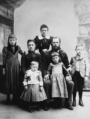 warrelman family late 1800s grandpa and grandma
