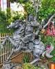 Quang Công statue