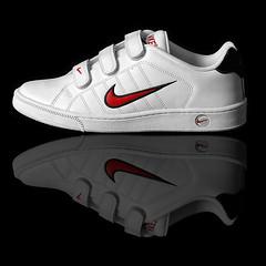 cross training shoe(0.0), tennis shoe(0.0), ball(0.0), grey(0.0), outdoor shoe(1.0), bicycle shoe(1.0), footwear(1.0), white(1.0), shoe(1.0), athletic shoe(1.0), black(1.0),