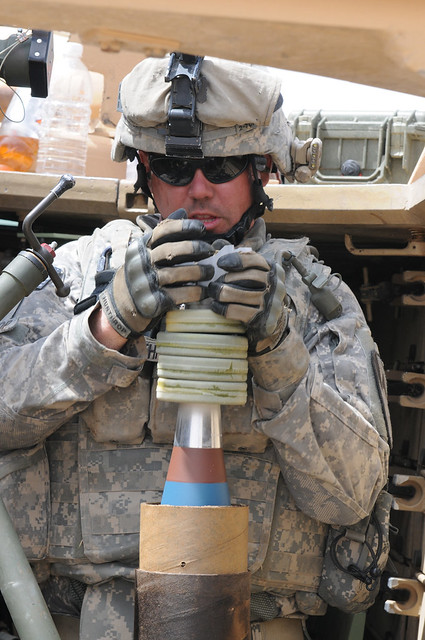 Military Mortar Sizes : Prepping the mortar round contingency operating site
