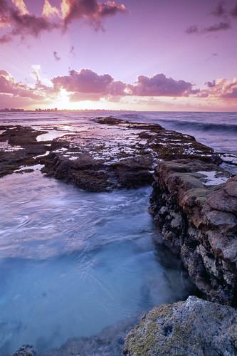 bocadecangrejos piñones loíza color e6 film 35mm nikonf4 nikkor20mm fujivelvia100 beach ocean rocks water