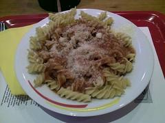 bucatini(0.0), spaghetti(0.0), meat(0.0), pici(0.0), fusilli(1.0), pasta(1.0), food(1.0), dish(1.0), carbonara(1.0), cuisine(1.0),