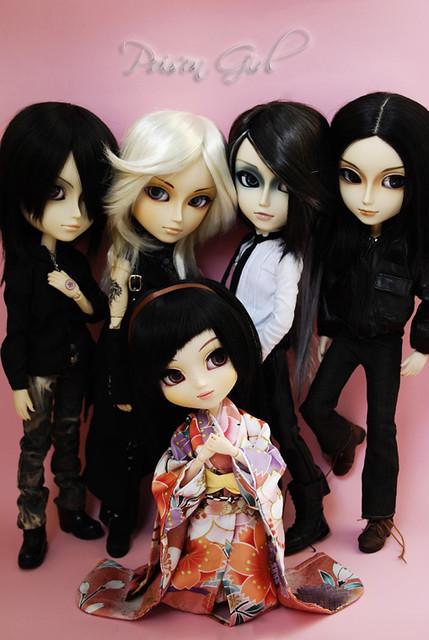 Sayuri and the boys ^_^