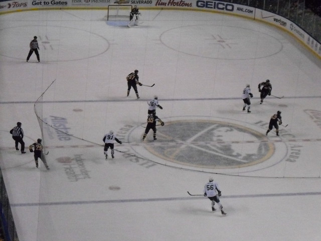 Buffalo Sabres vs. Tampa Bay Lightning - March 27, 2010 from Flickr via Wylio