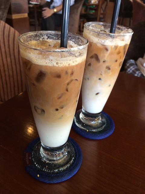 Single shot iced lattes - Caffe Fresco