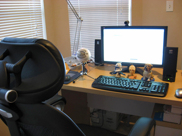 personal decorations home office
