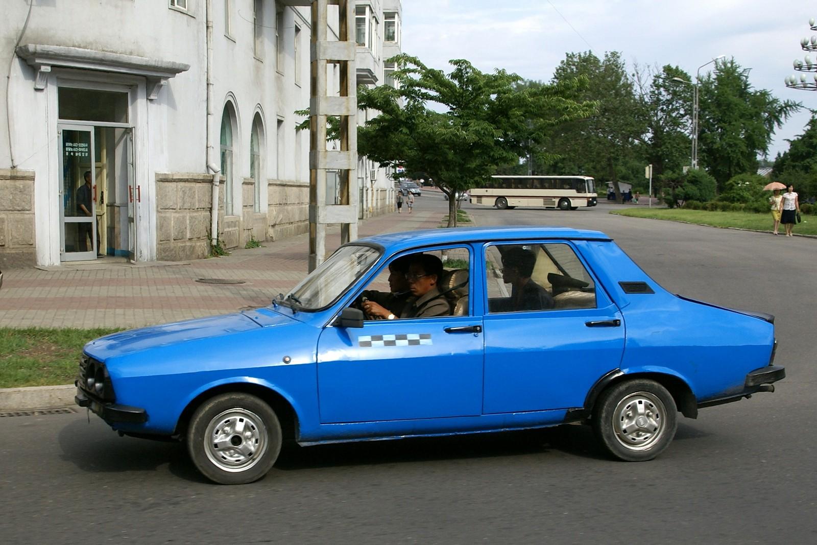 Dacia 1300 car