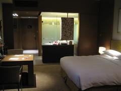 furniture(1.0), room(1.0), property(1.0), suite(1.0), interior design(1.0),