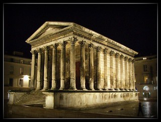 Image of Maison Carrée near Nîmes.