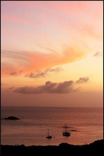 sunset sun nature sailboat geotagged boats island islands boat dusk stjohn handheld caribbean sailboats virginislands usvirginislands usvi stjohnusvi saltpondbay randomnature tamron1750 1750mm tamronspaf1750mmf28xrdiiildasphericalif unitedstatesvirginislands geo:tool=gmif random6 boobyrock vi09 geo:lat=18308747 geo:lon=6470679
