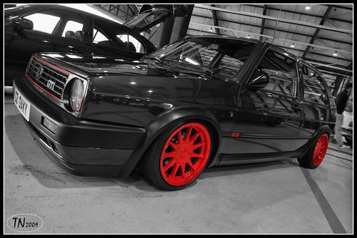 whats colour wheels go best with a black colour car. Black Bedroom Furniture Sets. Home Design Ideas