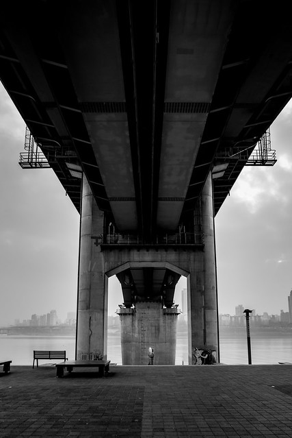 Under the bridge, Nikon D750, AF-S Nikkor 20mm f/1.8G ED