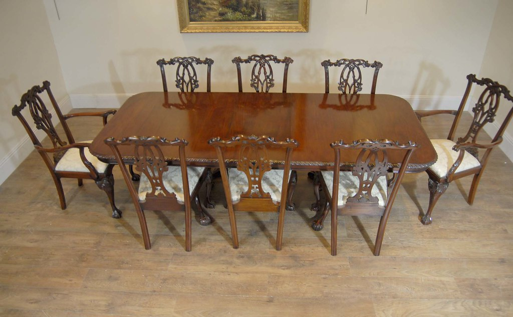10 Chippendale Chairs & Matching Dining Table