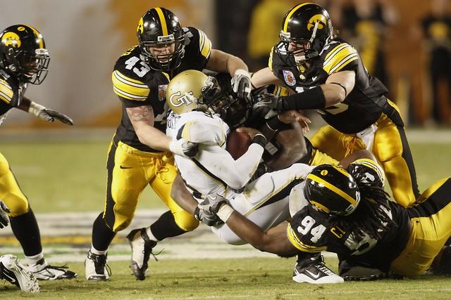 University of Iowa Football   University of Iowa defense ...