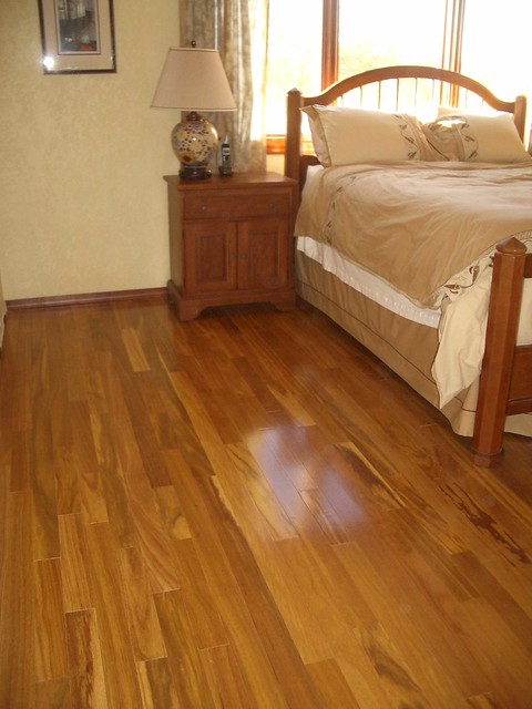 Hardwood floors bellawood solid teak hardwood gluedown for Bellawood hardwood floors
