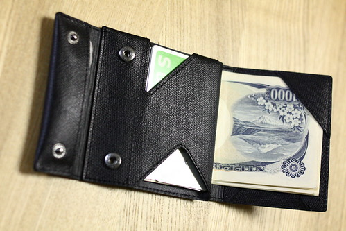 薄い財布(オープン!)