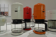 lighting(0.0), kitchen appliance(1.0), machine(1.0), small appliance(1.0),