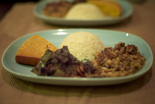 Black-Eyed Peas with Smoked Ham Hocks, Garlic Rice, Collard Greens with Bacon and Red Onion and cornbread. | by phy5ics