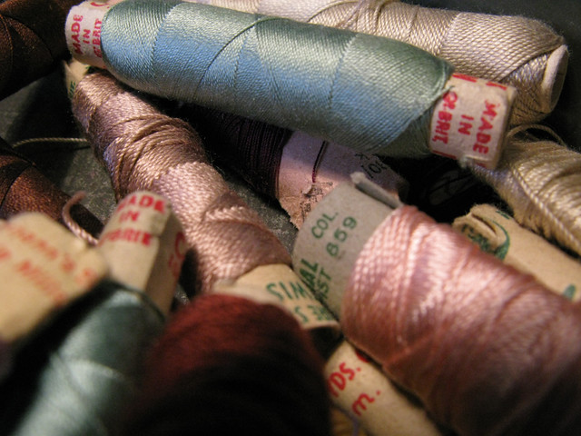 Vintage silk threads in sumptuous colours | Emma Lamb