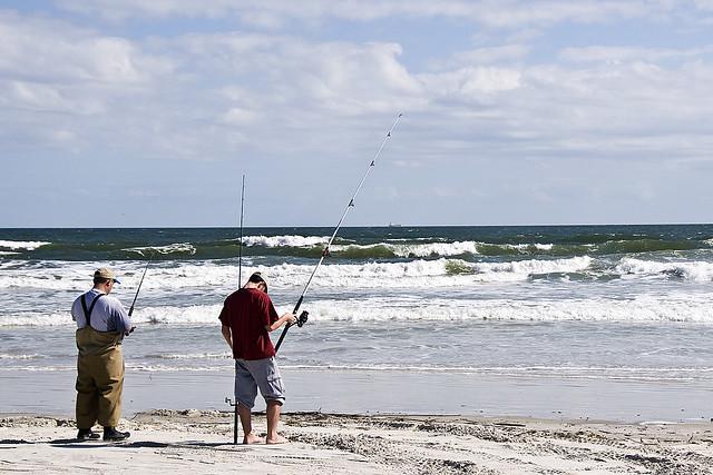 Surf fishing 2009 11 08 huguenot memorial park fl for Beach fishing florida
