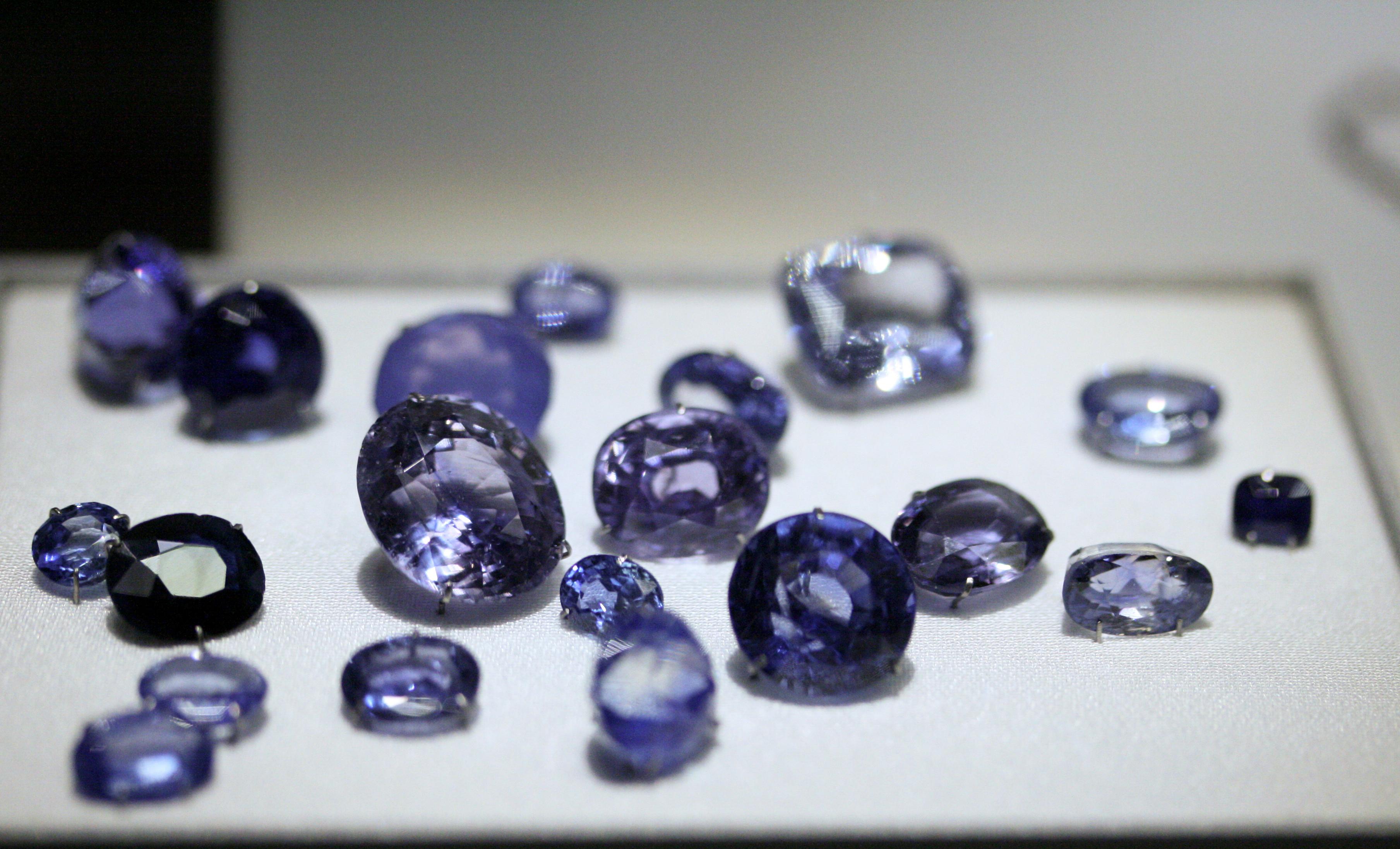 Photo Opacity Faced Sapphires From Sri Lanka