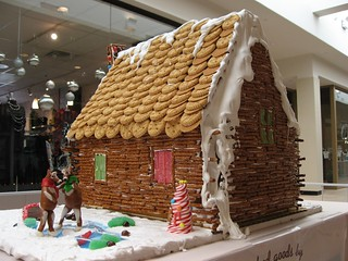 Gingerbread Hunting Cabin