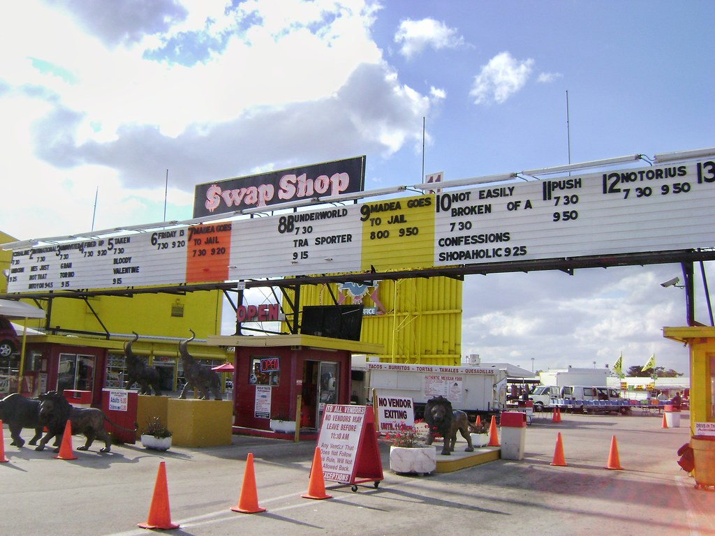 Swap Shop Flea Market, Fort Lauderdale, Florida, USA  - www.meEncantaViajar.com