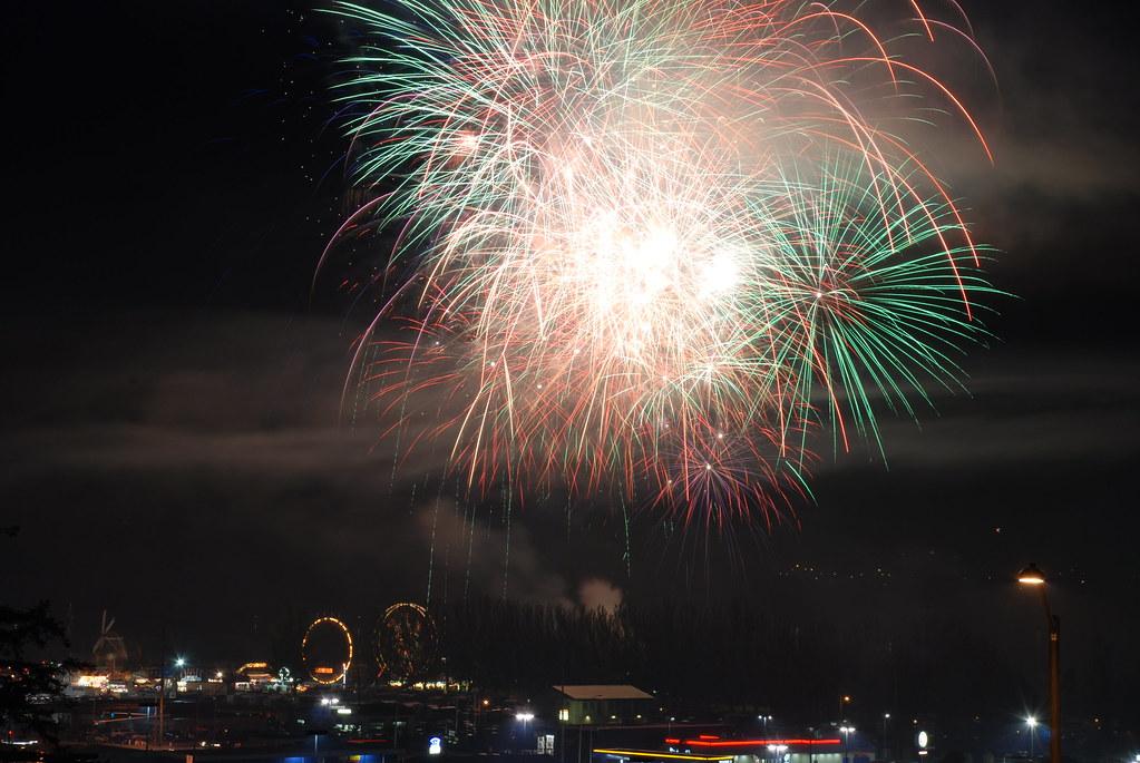 Whidbey Island Fireworks; Oak Harbor, WA; 2008