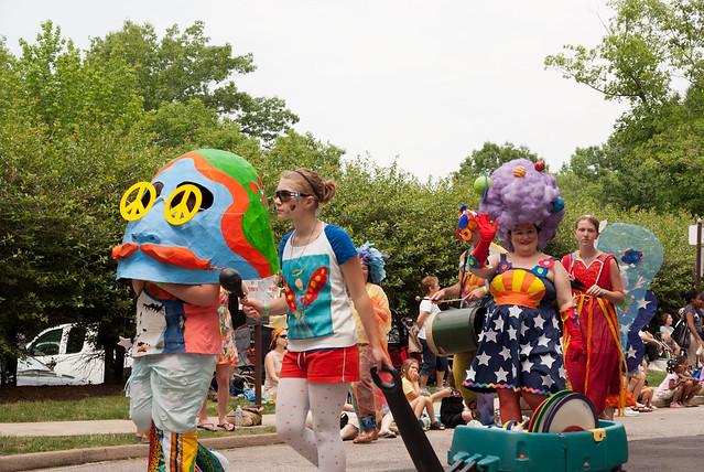 ParadeCircle2011-794