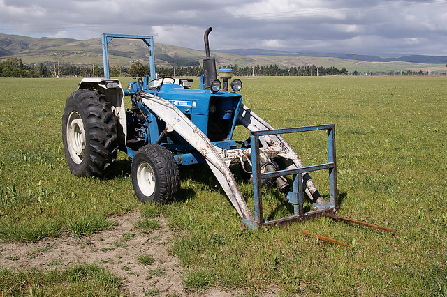 Ford 4600 Diesel Tractor Parts : Ford diesel farm tractor