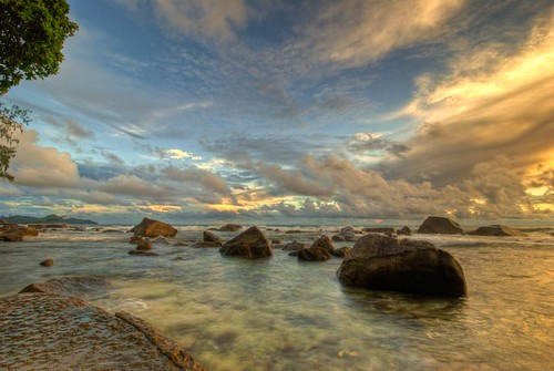 sunset sea nature clouds landscape nikon atmosphere bluesky seychelles nikkor hdr mahe photmatix d80 barbarons igoryariv 1024mmf354