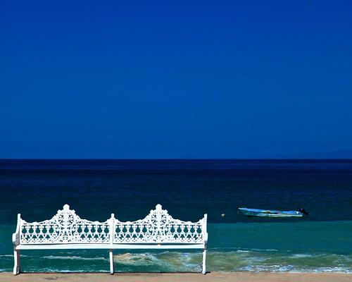 mexico tourists puertovallarta benches fishingboats boardwalks ☼ maleconboardwalk digitalagent kenyuel gigilivornosfriends elmaleconboardwalk mercuryoutboardmotors