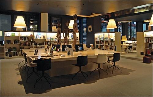 Le salon de lecture Jacques Kerchache (musée du Quai Branly)