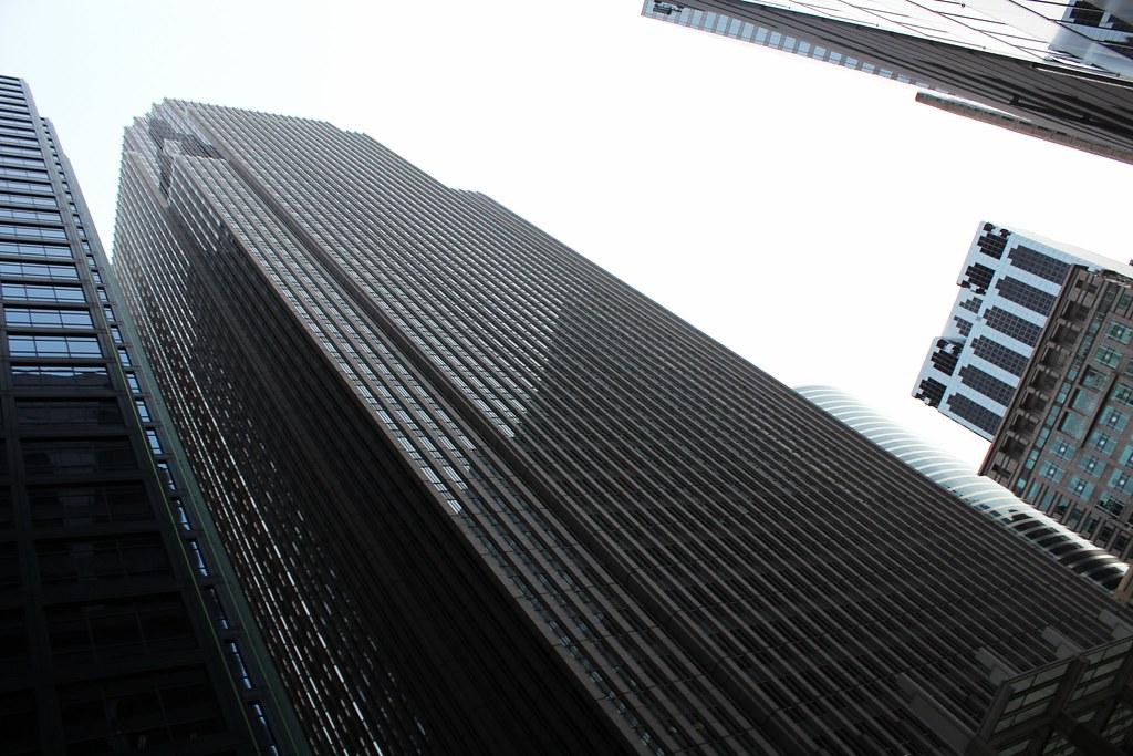 CHICAGO 305