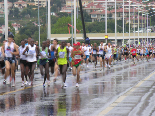 After the start - runners arrived to the Bosporus Bridge